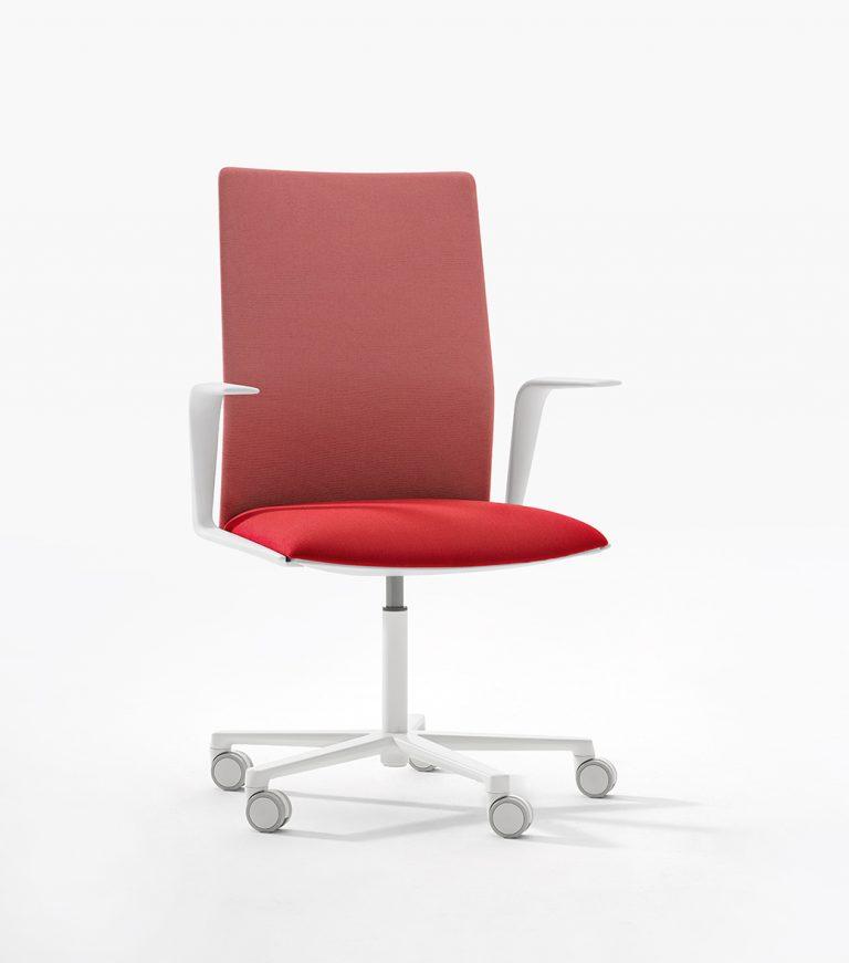 Arper_Kinesit_Task_taskchair_MarcoCovi_5ways_front-face-upholstery_4829_1