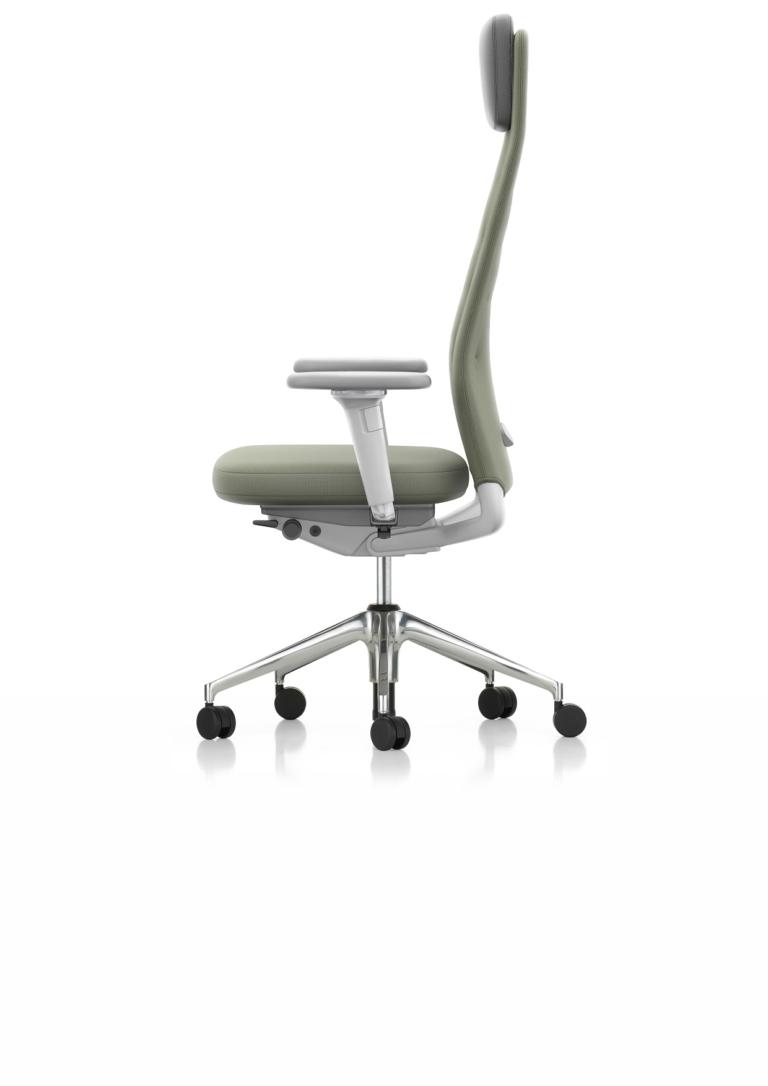 29_ID_TRIM_L_Normal_Seat_3D_Amrest_Soft_Grey_Plano_Forest_17_SIDE_001_1596670_master