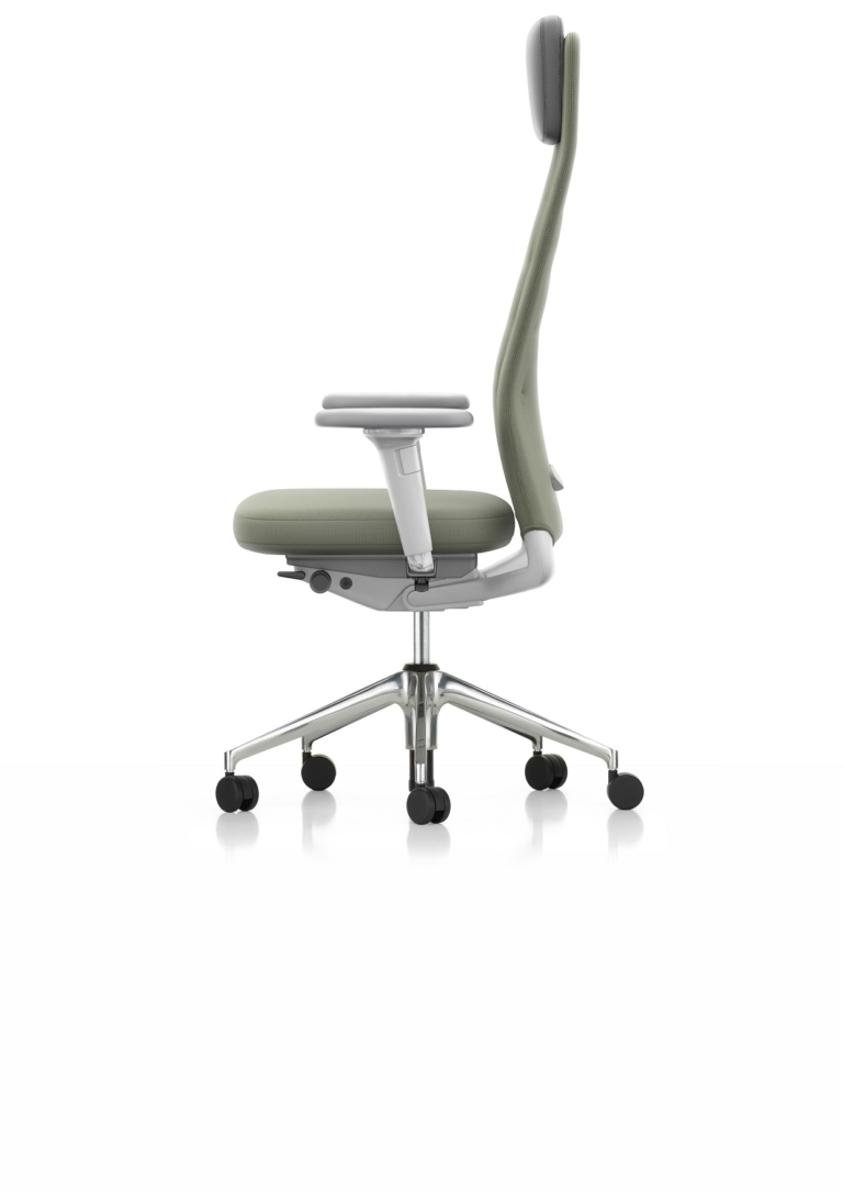 29_ID_TRIM_L_Normal_Seat_3D_Amrest_Soft_Grey_Plano_Forest_17_SIDE_001_1596670_master