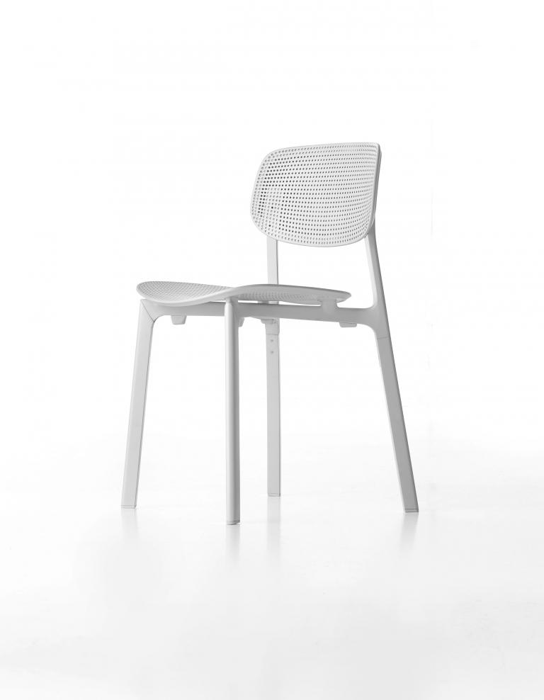 Krzesła Kristalia Colander
