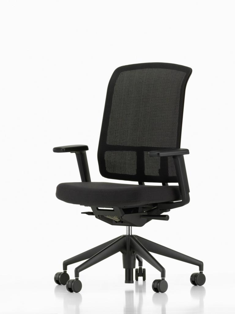 AM Chair_1535932_master