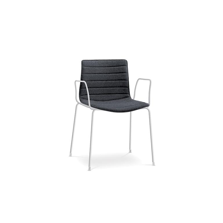 Arper_Catifa46_chair_4legs-armrest_upholstery_0253BV_1