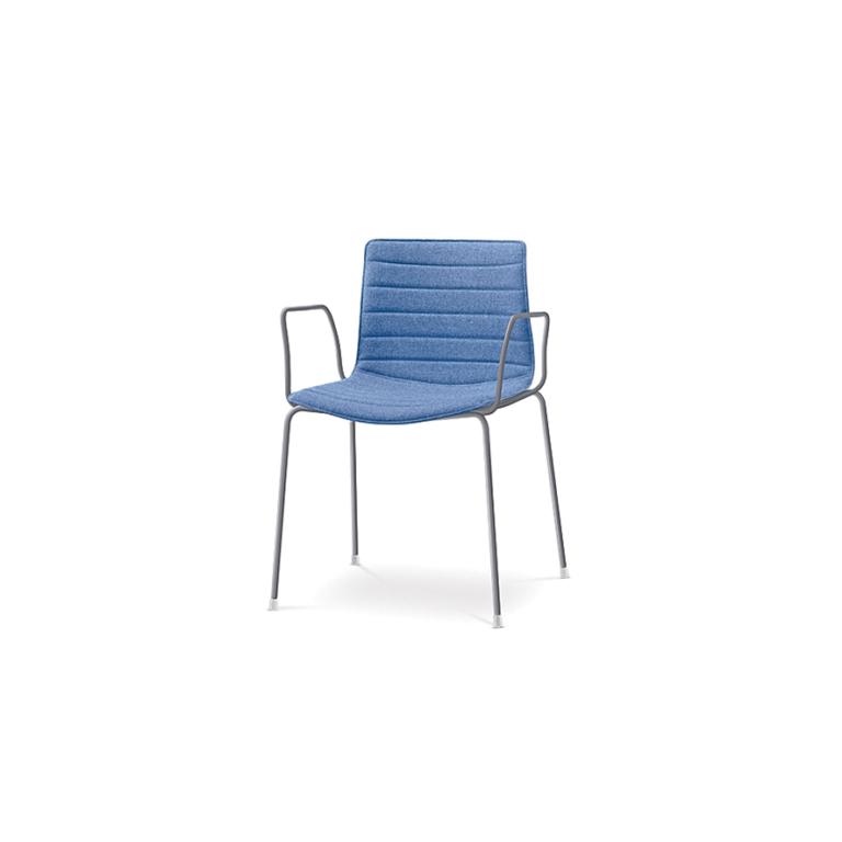 Arper_Catifa46_chair_4legs-armrest_upholstery_0253BV_2
