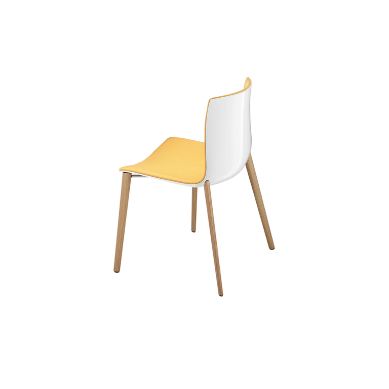 Arper_Catifa46_chair_4woodlegs_front-face-upholstery_0358