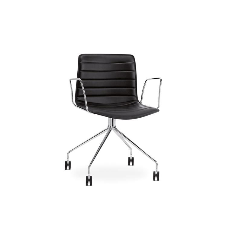 Arper_Catifa46_chair_trestlefixed_CRO_armrest_upholstery_0275BV