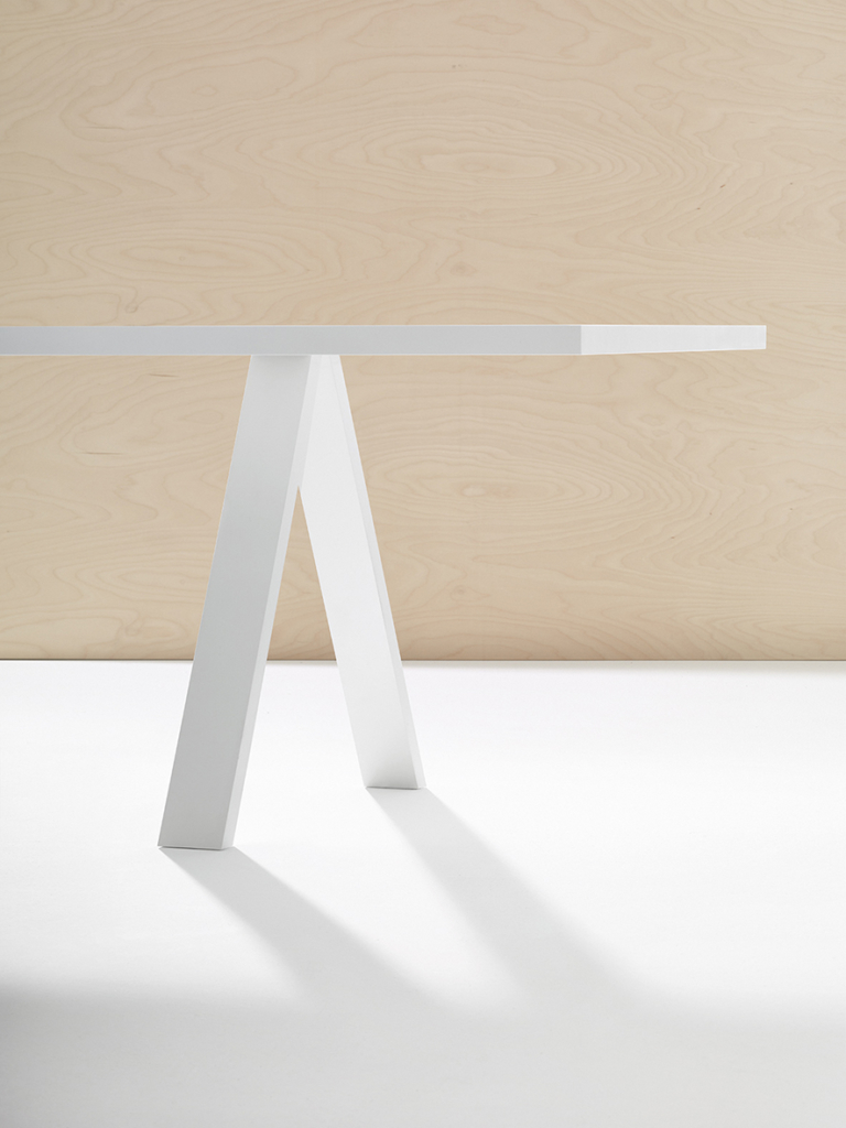 Arper_Cross_table_MarcoCovi_standard-top_V22+A01_200x100cm_5006