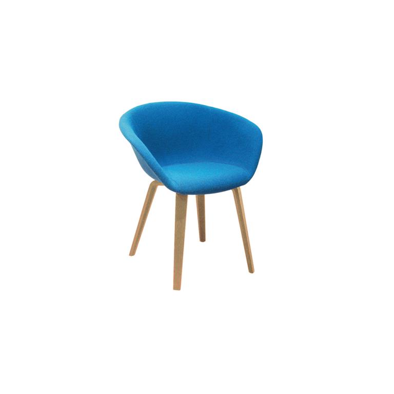 Arper_Duna02_armchair_4woodlegs_front-face-upholstery_4213_4