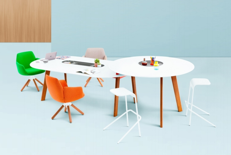 Haworth_Tables_Poppy6823-Edit_blue (1)