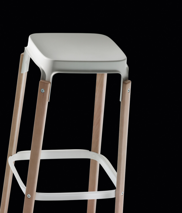 steelwood_stool_2