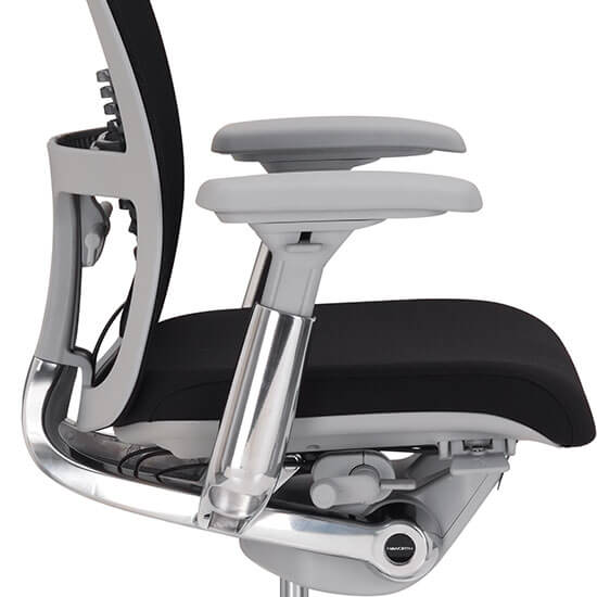 zody-executive-chair-whitesweep-sidedetail-haworth