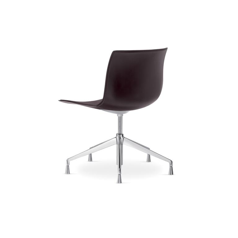 Arper_Catifa53_chair_5ways_hard-leather_0233