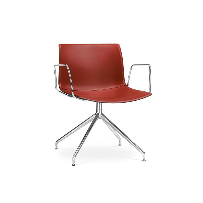 Arper_Catifa53_chair_LU1_trestle-swivel_armrest_hard-leather_2054BV_1