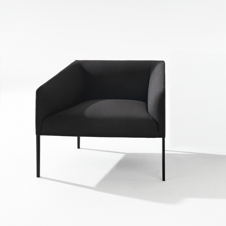 Arper_Saari_armchair_MarcoCovi_80cm_L21_2711