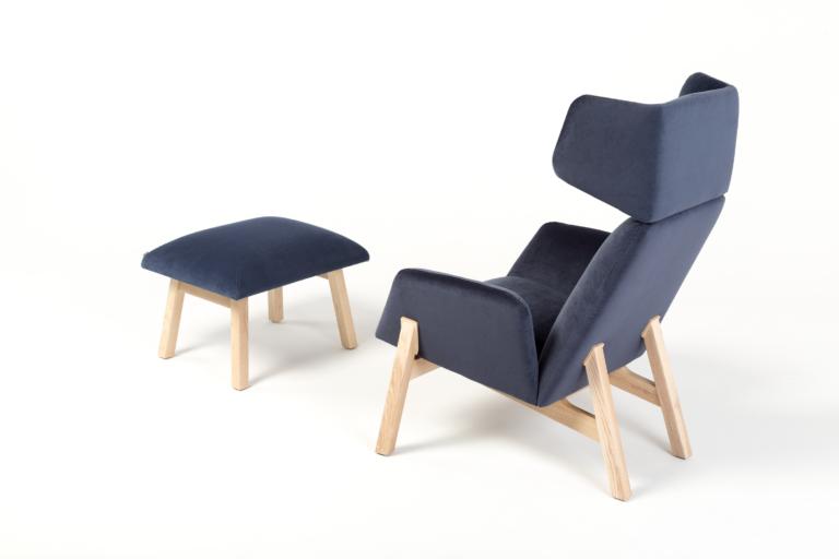 Manta_armchair_lounge_footstool_wood