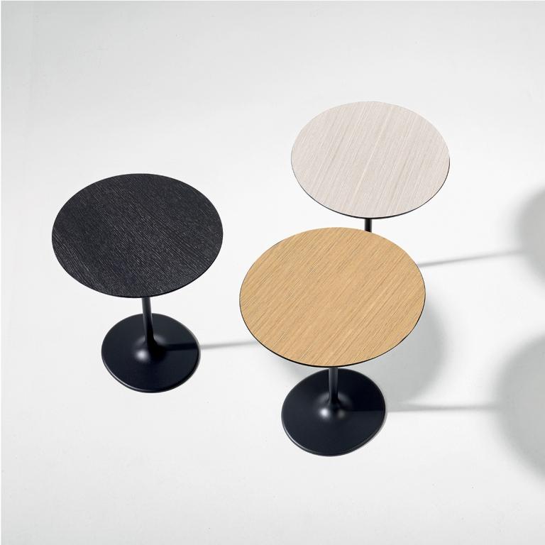 Arper_Dizzie_table_H50cm_MarcoCovi_oval-top_MDF_51x47cm_0680