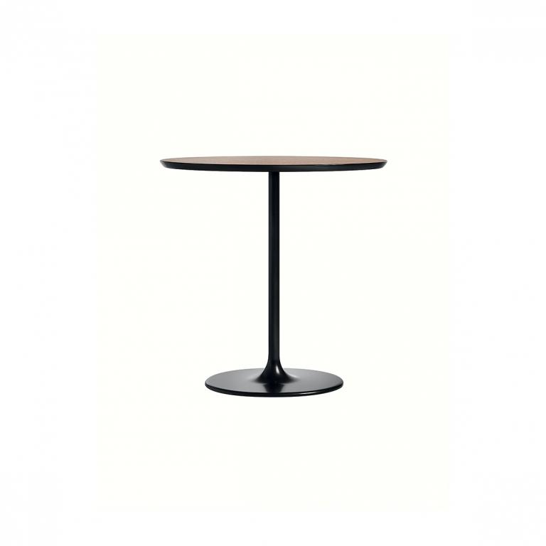 Arper_Dizzie_table_H50cm_oval-top_MDF_51x47cm_0680