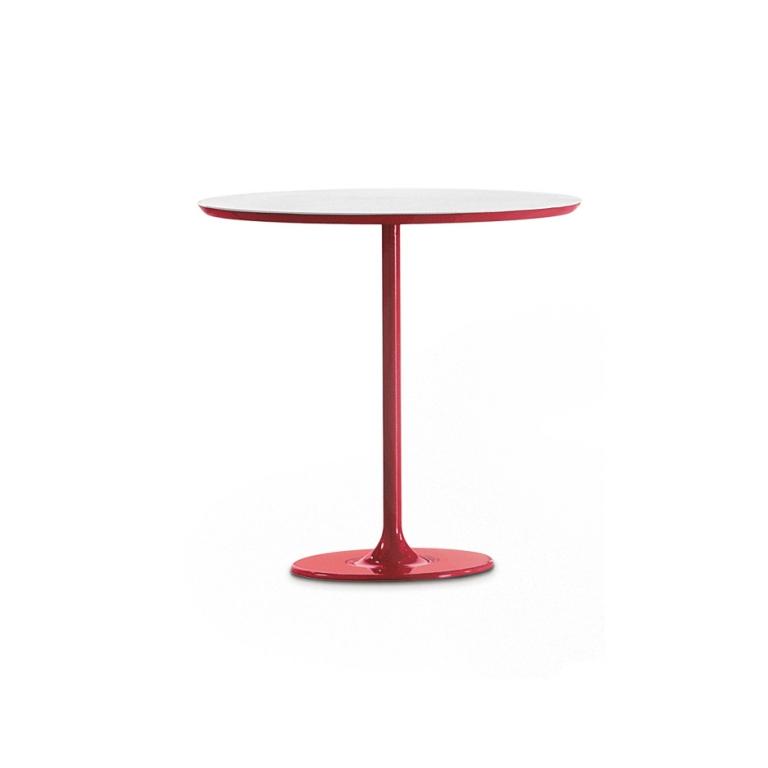 Arper_Dizzie_table_H50cm_oval-top_MDF_51x47cm_0681_2