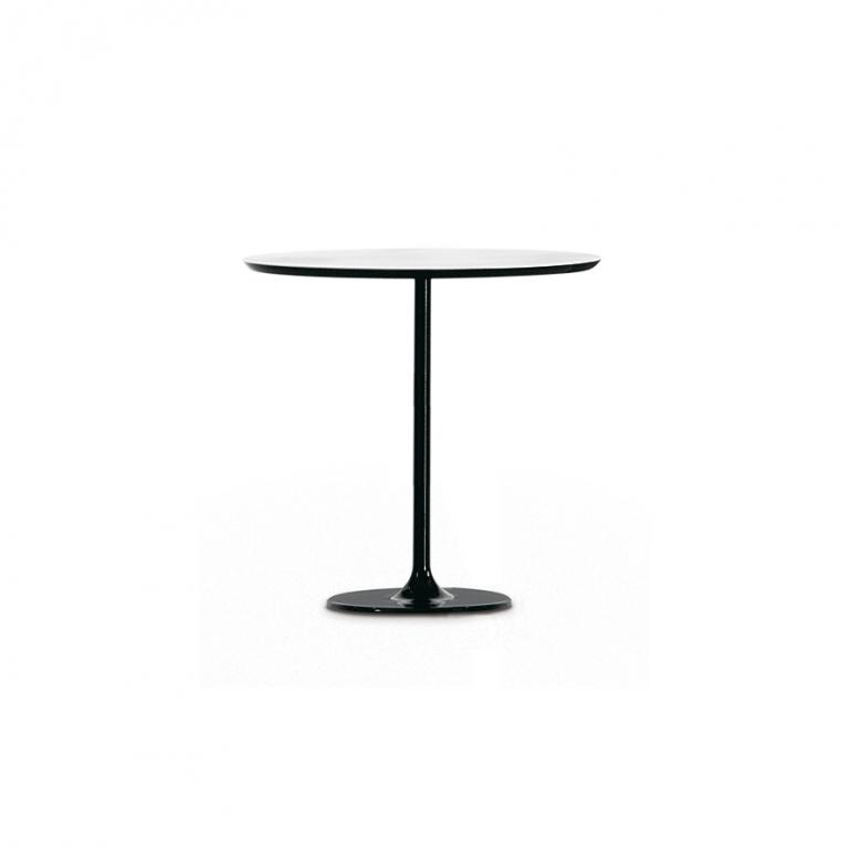 Arper_Dizzie_table_H50cm_oval-top_MDF_51x47cm_0681_3