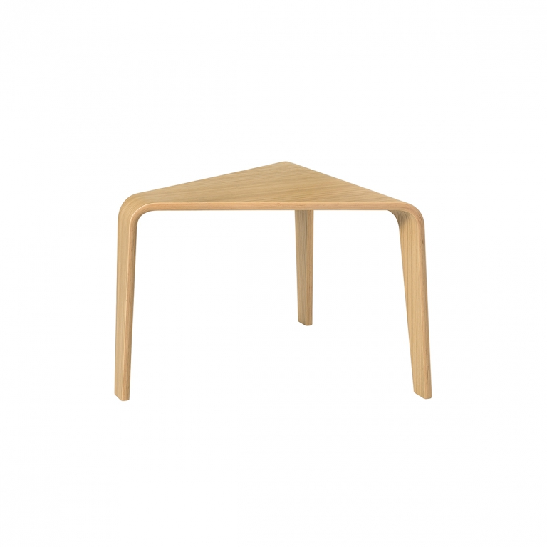 Arper_Ply_table_H76cm_55x54cm_3853