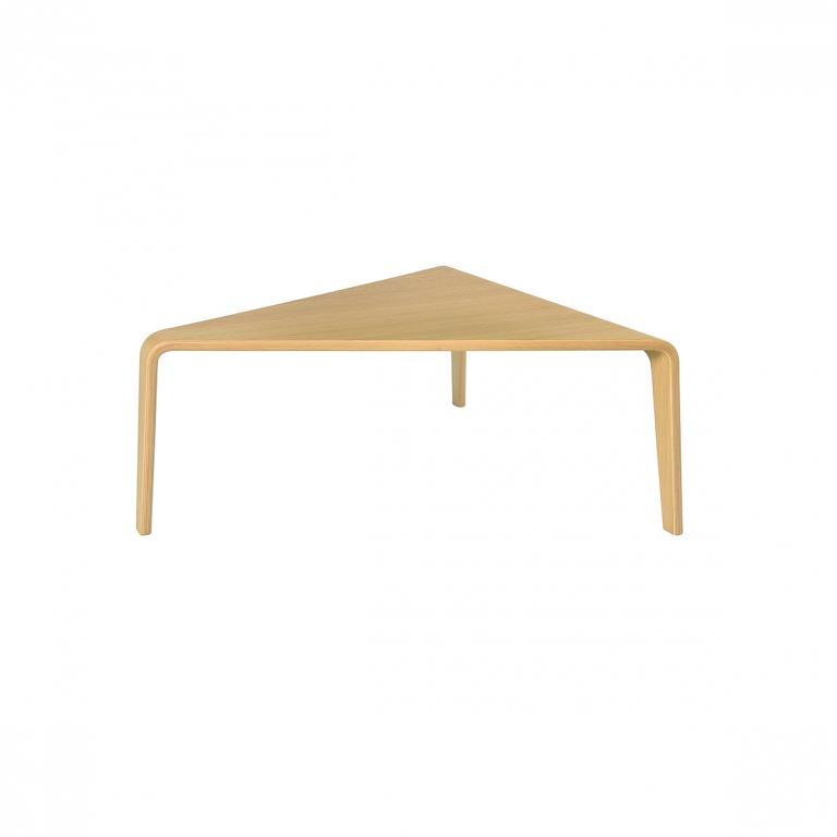 Arper_Ply_table_H76cm_99x93cm_3850