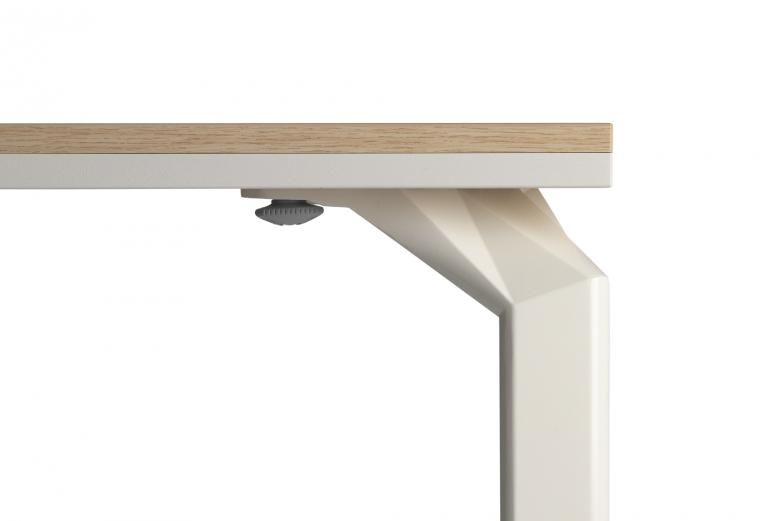 Epure-desk_detail-top_01