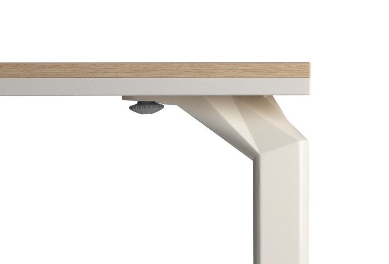 Epure-desk_detail-top_01